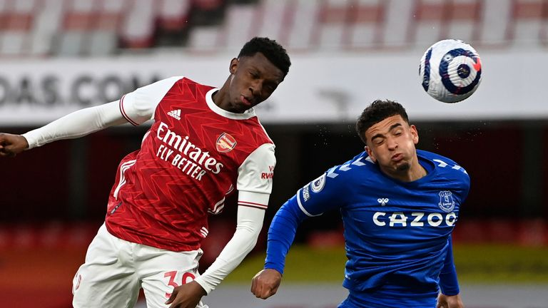eddie nketiah just misses an early headed attempt at the emirates