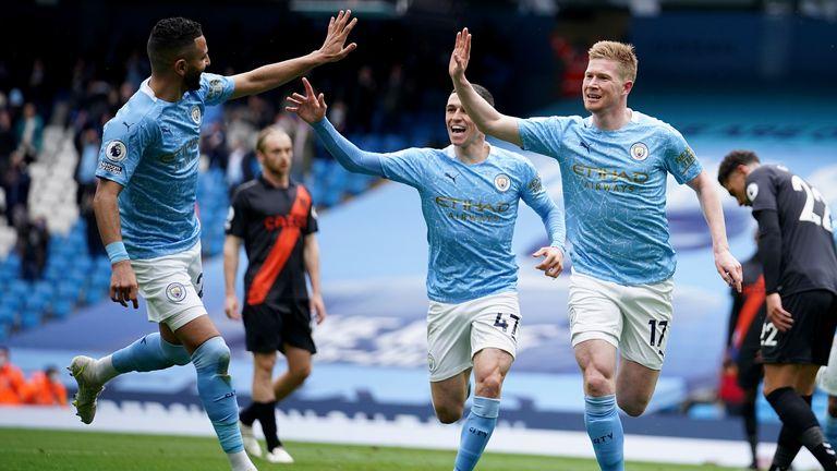 kevin de bruyne celebrates his goal (ap)